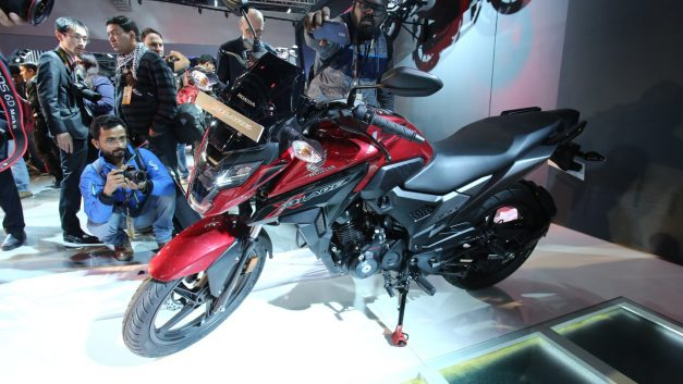 honda-x-blade-160-2018-auto-expo-india-pictures-photos-images-snaps-gallery