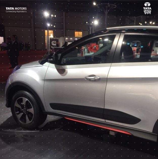 tata-nexon-aero-amt-2018-auto-expo-side-pictures-photos-images-snaps-gallery