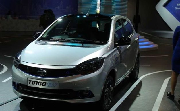 tata-tiago-ev-hatchback-2018-auto-expo-india-pictures-photos-images-snaps-gallery