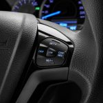 2018-ford-figo-hatchback-facelift-india-steering-mounted-controls-pictures-photos-images-snaps-gallery
