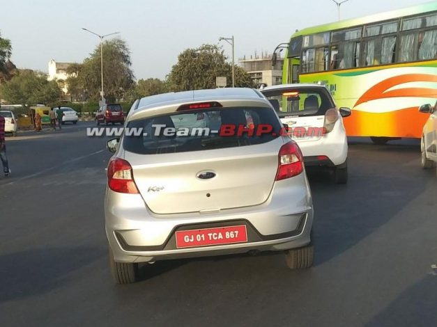 ford-figo-facelift-spyshots-india-pictures-photos-images-snaps-gallery