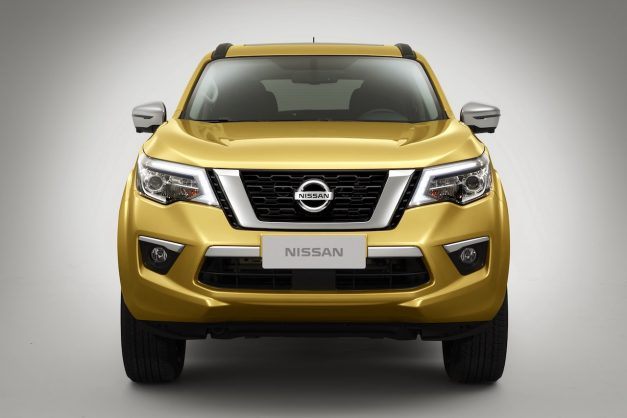 nissan-terra-front-nissan-navara-based-suv-india-pictures-photos-images-snaps-gallery