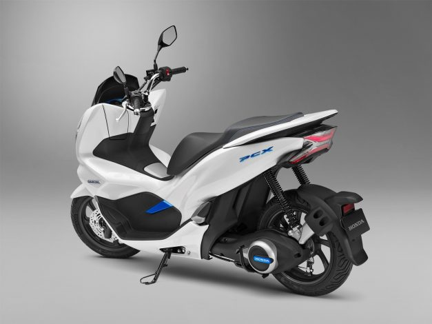 honda-electric-scooter-rear-back-india-pictures-photos-images-snaps-gallery