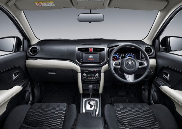 toyota-rush-suv-dashboard-interior-cabin-inside-india-launch-pictures-photos-images-snaps-gallery-video