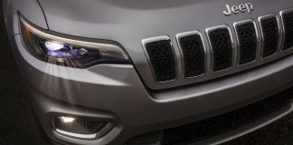 jeep-compact-suv-jeep-plug-in-hybrid-suv-india-launch-plans-revealed