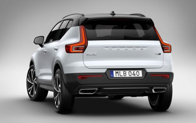 volvo-xc40-rear-back-india-pictures-photos-images-snaps-gallery