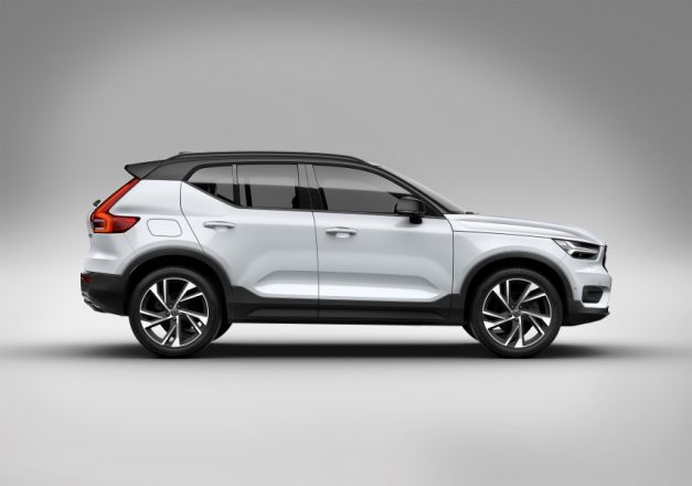 volvo-xc40-right-side-india-pictures-photos-images-snaps-gallery