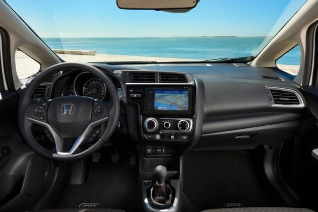 2018-honda-jazz-facelift-dashboard-interior-cabin-inside-india-pictures-photos-images-snaps-gallery