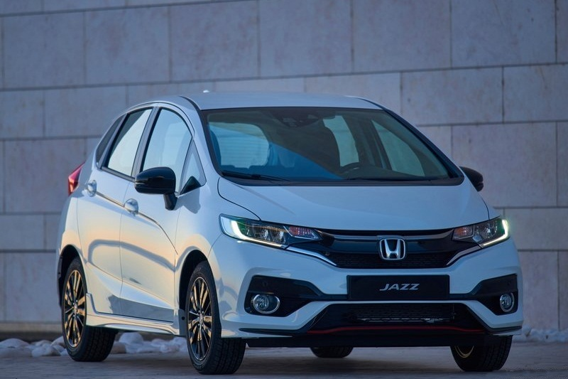 2018 Honda Jazz Facelift Front Side India Pictures Photos Images