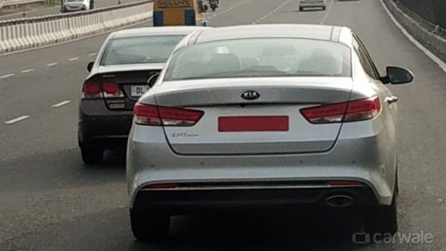kia-optima-premium-sedan-india-spied-pictures-photos-images-snaps-gallery