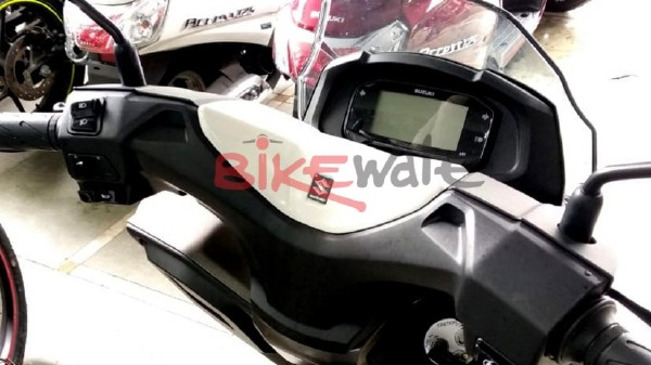suzuki-burgman-street-125-maxi-scooter-instrument-cluster-india-pictures-photos-images-snaps-gallery-001