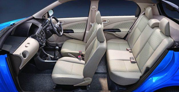 toyota-etios-liva-dual-tone-2018-facelift-india-dashboard-interior-cabin-inside