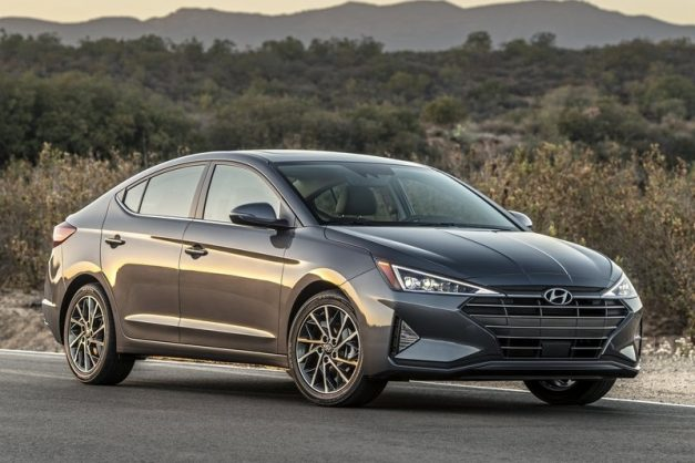 2019-hyundai-elantra-facelift-front-fascia-india-pictures-photos-images-snaps-gallery