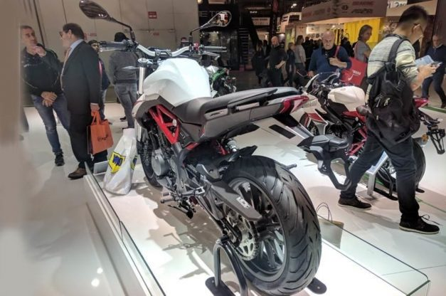 benelli-tnt302s-rear-back-india-pictures-photos-images-snaps-gallery