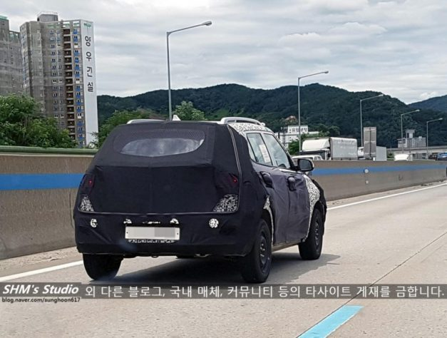 hyundai-qxi-india-new-compact-suv-rear-back-pictures-photos-images-snaps-gallery-video