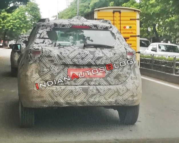 nissan-kicks-spied-back-india-pictures-photos-images-snaps-gallery