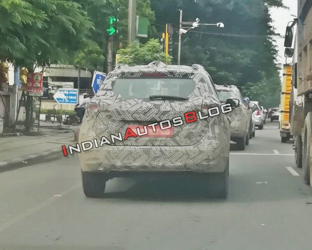 nissan-kicks-spied-rear-india-pictures-photos-images-snaps-gallery
