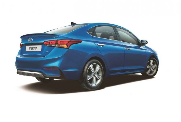 2018-hyundai-verna-anniversary-edition-rear-back-india-pictures-photos-images-snaps-gallery