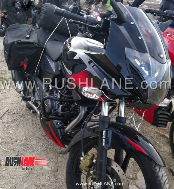 2019-bajaj-pulsar-220f-abs-body-graphics-decals-india-pictures-photos-images-snaps-gallery