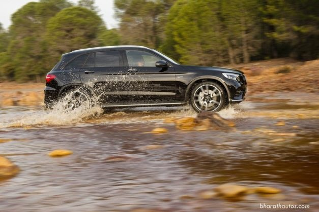 mercedes-benz-glc-suv-side-india-import-to-usa-pictures-photos-images-snaps-gallery