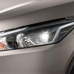 2018-nissan-kicks-mid-size-suv-headlights-india-pictures-photos-images-snaps-gallery