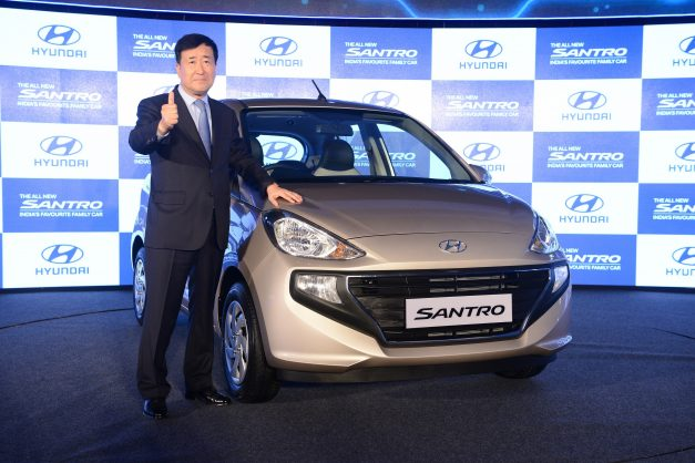 2019-new-hyundai-santro-shahrukh-khan-india-pictures-photos-images-snaps-gallery