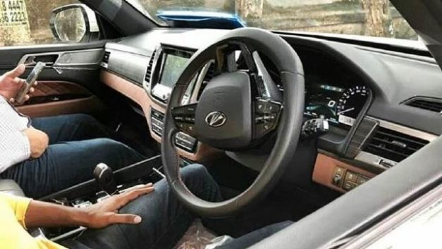 mahindra-rexton-y400-xuv700-premium-suv-interior-inside-india-pictures-photos-images-snaps-gallery