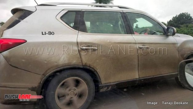 mahindra-xuv700-suv-spied-testing-india-pictures-photos-images-snaps-gallery-002