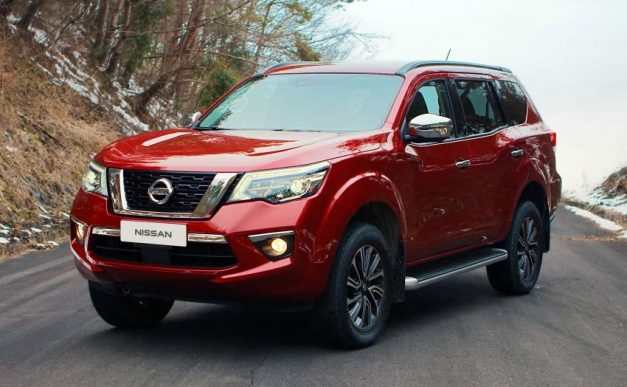 nissan-terra-premium-suv-exterior-outside-india-pictures-photos-images-snaps-gallery