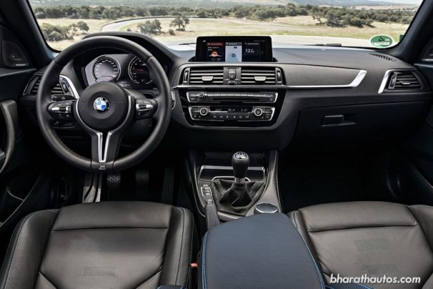 bmw-m2-competition-interior-dashboard-pictures-photos-images-snaps-gallery-video
