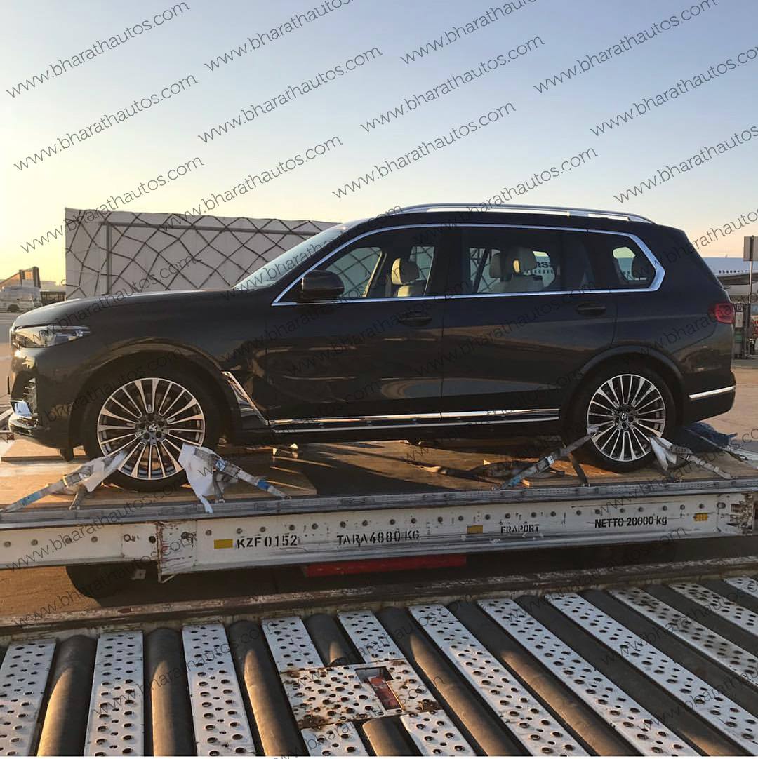 Bmw X7 First Live Pictures Of All New Three Row Suv