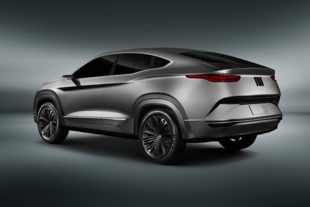 fiat-fastback-coupe-suv-concept-back-rear-pictures-photos-images-snaps-gallery