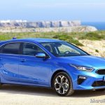 kia-ceed-premium-hatchback-right-side-pictures-photos-images-snaps-gallery