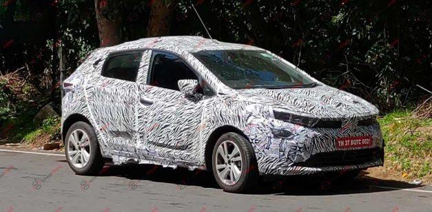 tata-45x-tata-aquilla-premium-hatchback-spied-road-testing
