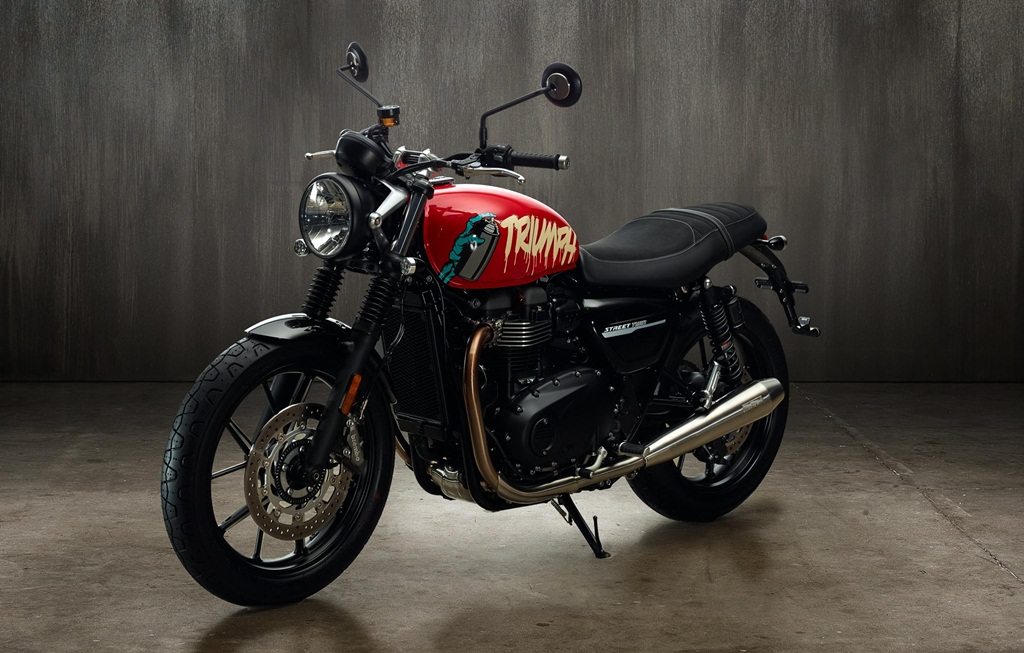 Triumph On India Offensive Six Bikes To Be Launched By
