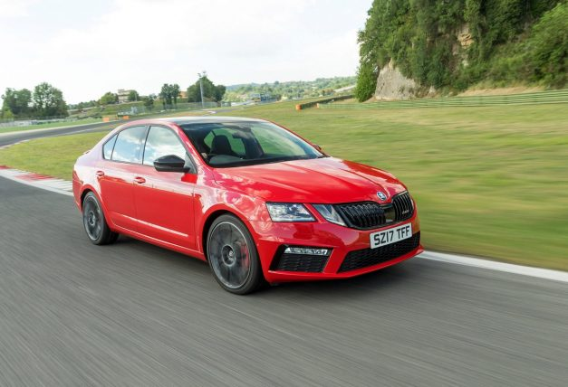 skoda-octavia-rs245-front-side-pictures-photos-images-snaps-gallery