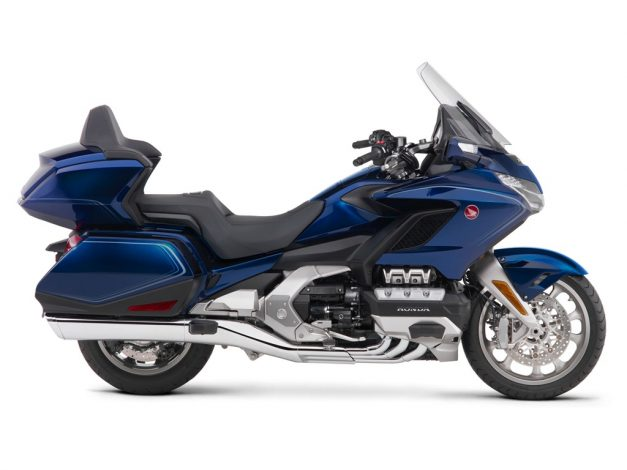 2019-honda-goldwing-tour-dct-india-blue-pictures-photos-images-snaps-gallery