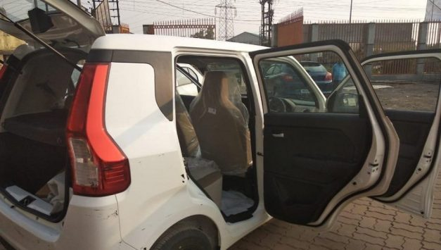 2019-maruti-suzuki-wagon-r-india-leaked-cabin-pictures-photos-images-snaps-gallery