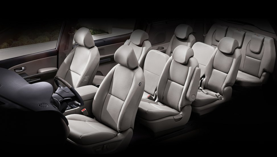 Kia Grand Carnival Mpv India Cabin Inside Pictures Photos Images