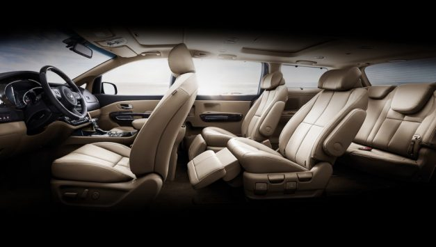 kia-grand-carnival-mpv-india-dashboard-interior-pictures-photos-images-snaps-gallery