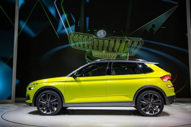 new-skoda-mid-size-suv-2020-auto-expo-india-side-pictures-photos-images-snaps-gallery