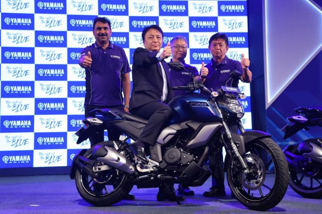 yamaha-fz-fi-v30-abs-fz-s-fi-v30-abs-india-pictures-photos-images-snaps-gallery