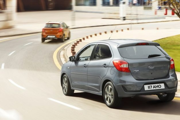 2019-ford-figo-hatchback-facelift-india-rear-back-pictures-photos-images-snaps-gallery