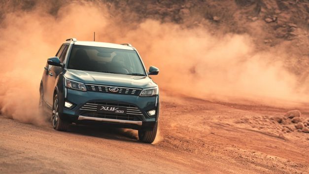 mahindra-xuv300-india-pictures-photos-images-snaps-gallery (3)