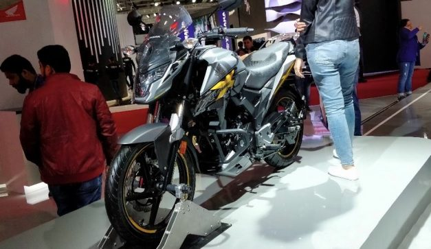 2020-honda-x-blade-facelift-india-pictures-photos-images-snaps-gallery