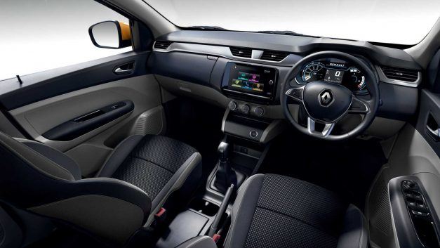 2020-renault-triber-seven-seat-compact-suv-india-dashboard-pictures-photos-images-snaps-gallery