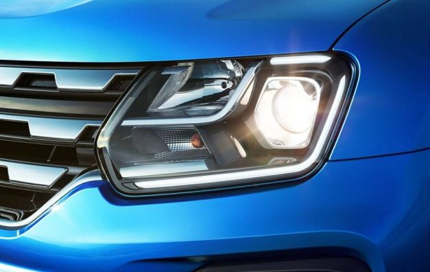 2019-renault-duster-facelift-headlamps-india-pictures-photos-images-snaps-gallery