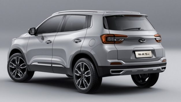 tata-blackbird-h4-chery-tiggo-5x-midsize-suv-india-rear-back-pictures-photos-images-snaps-gallery