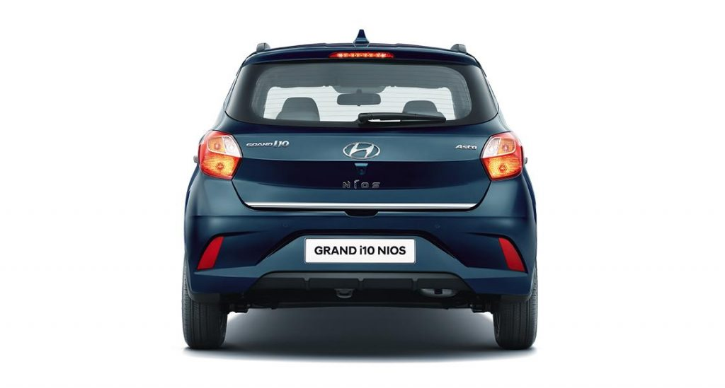 hyundai-grand-i10-nios-india-rear-back-pictures-photos-images-snaps-gallery