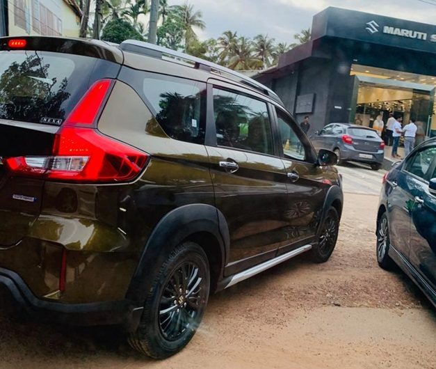 maruti-xl6-metallic-brown-bronze-india-back-pictures-photos-images-snaps-gallery